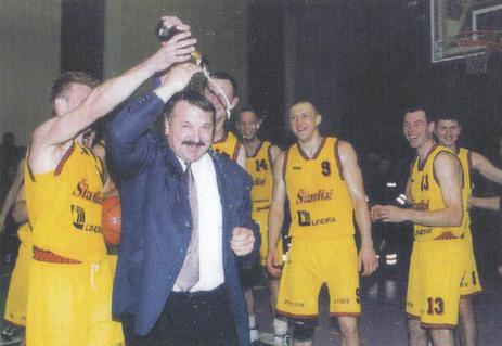 BC Šiauliai. 1999-2000 m. pirmoji LKL bronza - pergalės šventimas.