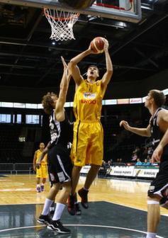 """BC Šiauliai. 2010-2012 m. R.Gumenyuk - aukščiausias žaidėjas """"Šiaulių"""" istorijoje (220 cm.)."""