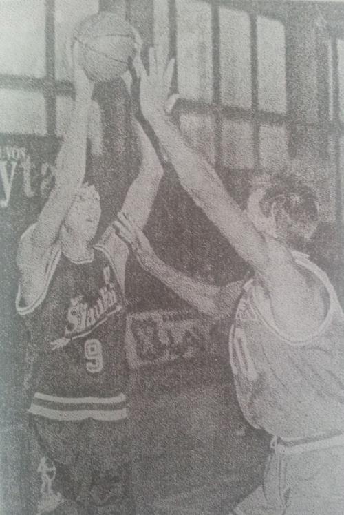 """BC Šiauliai. O.Bulancevas pirmosiose oficialiose komandos rungtynėse (1994-10-01 prieš Kauno """"Laverą"""")"""