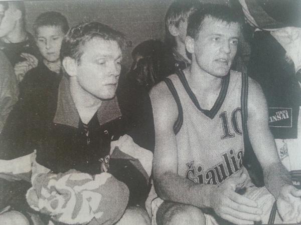"""BC Šiauliai. 1997-98 m. Du Vilniaus """"Sakalų"""" žaidėjai (G.Šivickas ir A.Giedraitis) komandai padėjo FIBA R.Koračo taurės rungtynes."""