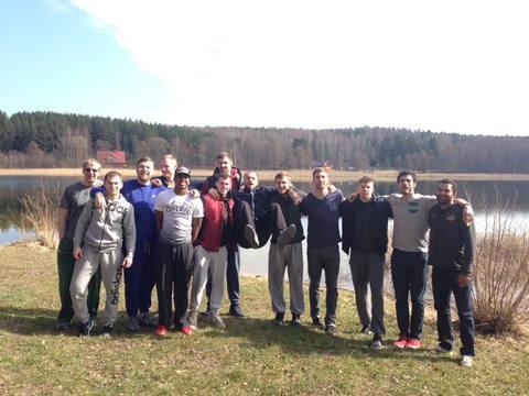 BC Šiauliai. 2015-2016 m. Žaidėjai ir treneriai paminėjo G.Petrausko gimtadienį.