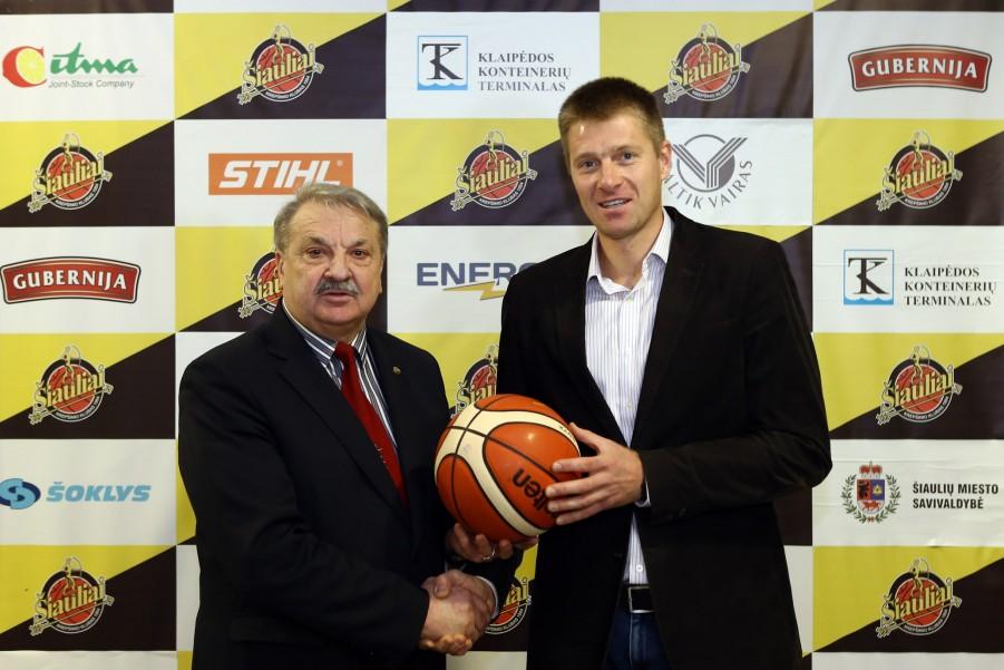 BC Šiauliai. 2016-2017 m. Ilgametis klubo vadovas Adomas Klimavičius perduoda klubo prezidento pareigas Mindaugui Žukauskui.