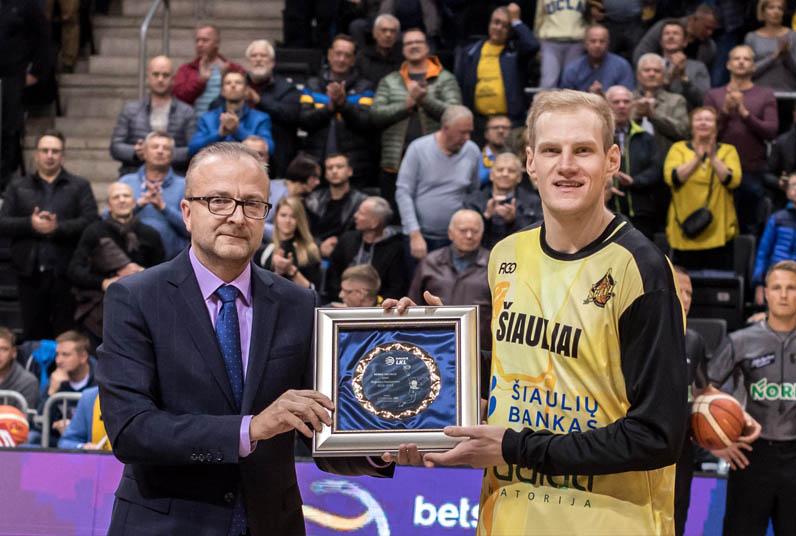 BC Šiauliai. 2017-2018 m. I.Vaitkus - naudingiausias pirmojo LKL mėnesio žaidėjas.
